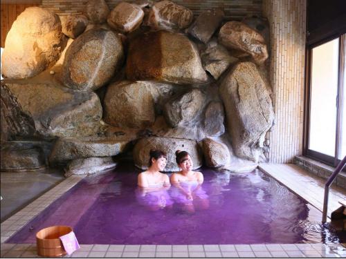 大江戸温泉物語,石和温泉ホテル新光,ワイン風呂,